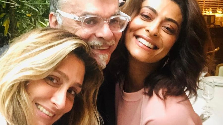 Walcyr Carrasco posa ao lado de Juliana Paes e Amora Mautner - Reprodução/Instagram