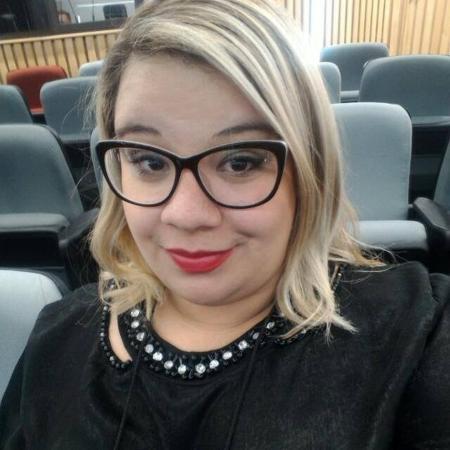 Laís Oliveira, 28 anos, criou grupo para ajudar socialização e construir autoestima de mulheres gordas - Arquivo pessoa