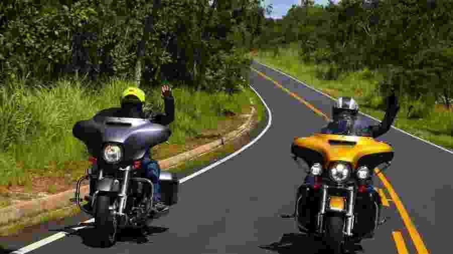 Ana Sofia e Ana Pimenta saíram de Porto Alegre (RS), atravessaram Brasil e EUA e foram recebidas na sede da Harley-Davidson - Arquivo pessoal