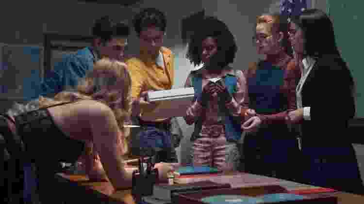 """Os protagonistas de """"Riverdale"""" se transformam em seus pais em episódio cheio de flashbacks - Divulgação - Divulgação"""
