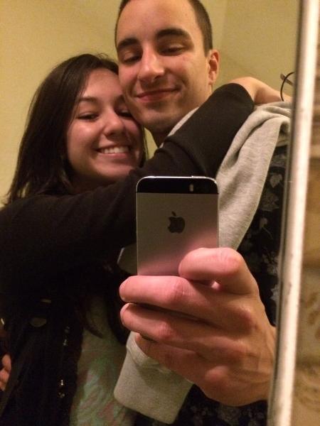 Alexandre e a namorada - Reprodução/Twitter