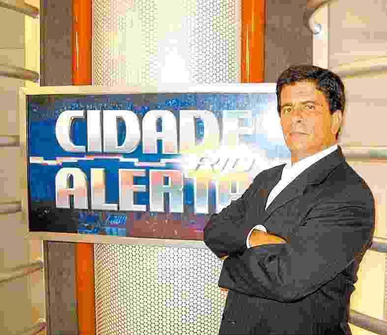 """Wagner Montes apresentou o programa Cidade Alerta RJ e ficou conhecido pelo bordão """"escracha"""" - Divulgação"""