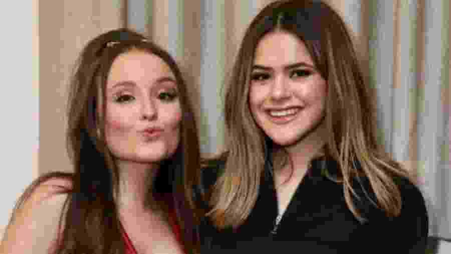 Maisa posa com Larissa Manoela antes de show da amiga - Reprodução/Instagram