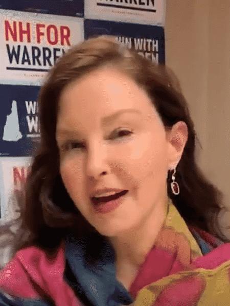 Ashley Judd em vídeo para campanha de Elizabeth Warren - Reprodução/Twitter