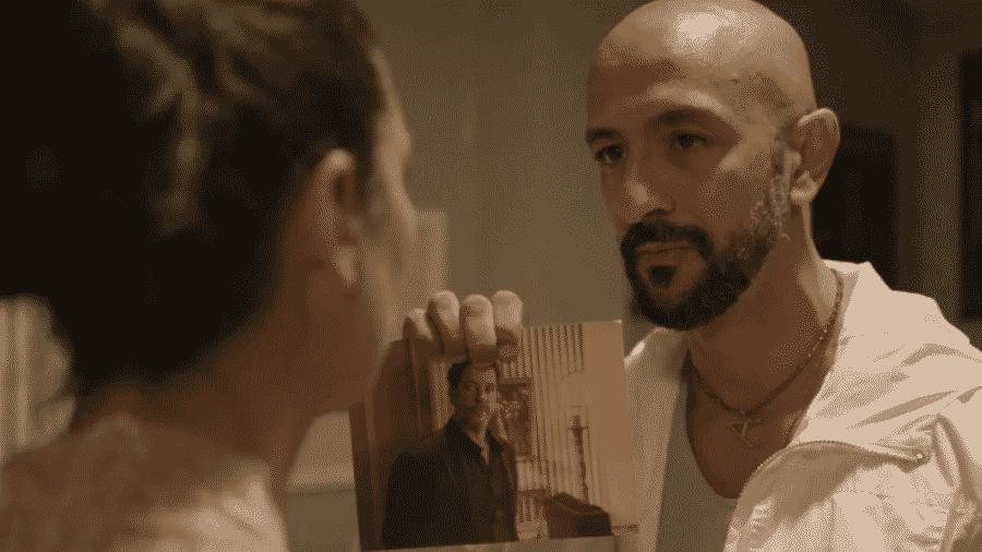 Álvaro encomenda morte de Raul em Amor de Mãe - Reprodução/Globo