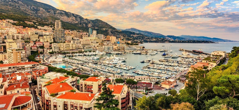 Monte Carlo, um dos 10 distritos do Principado de Mônaco, que não conta com aeroporto próprio - Getty Images
