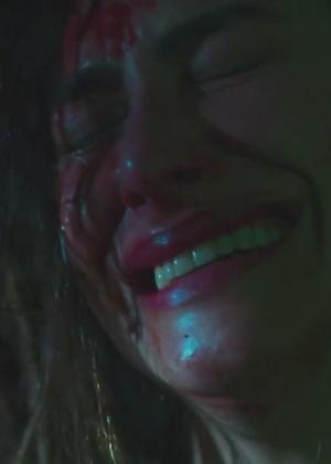 """Cleo Pires aparece ensanguentada no trailer de """"Supermax"""", versão original da série de terror da Globo - Reprodução/Globo"""