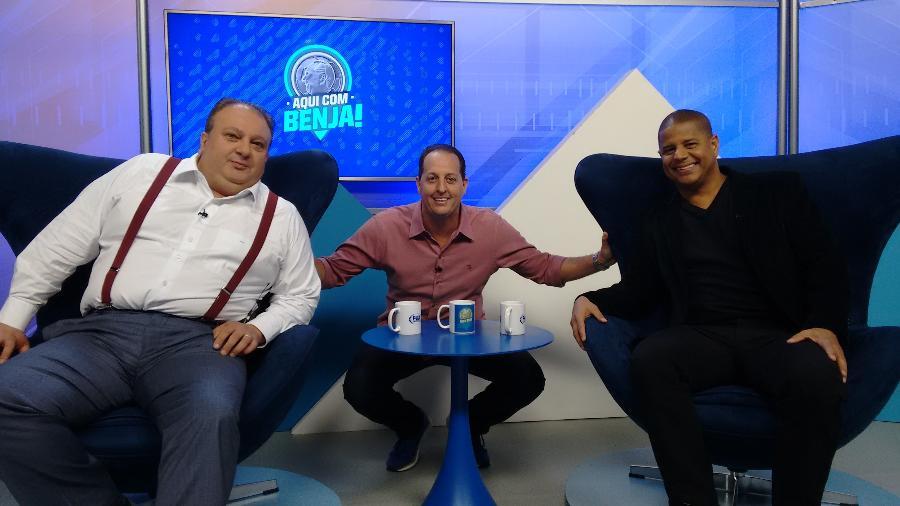 """Benjamin Back recebe Eric Jacquin e Marcelinho Carioca no """"Aqui com Benja!"""", no Fox Sports - Divulgação"""