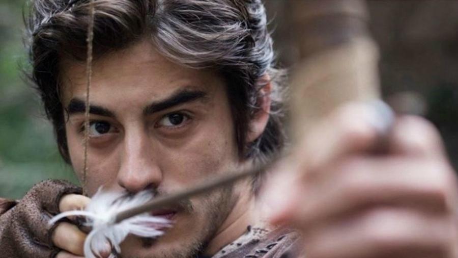 """Vinícius Redd como Tiago em """"Deus Salve o Rei"""" - Divulgação"""