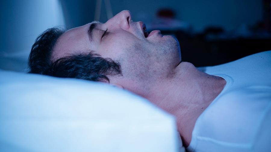 Síndrome da apneia obstrutiva do sono traz consequências à saúde e bem-estar da pessoa - iStock