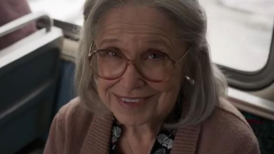 Velhinha é agredida pela Capitã Marvel em novo trailer do filme - Divulgação