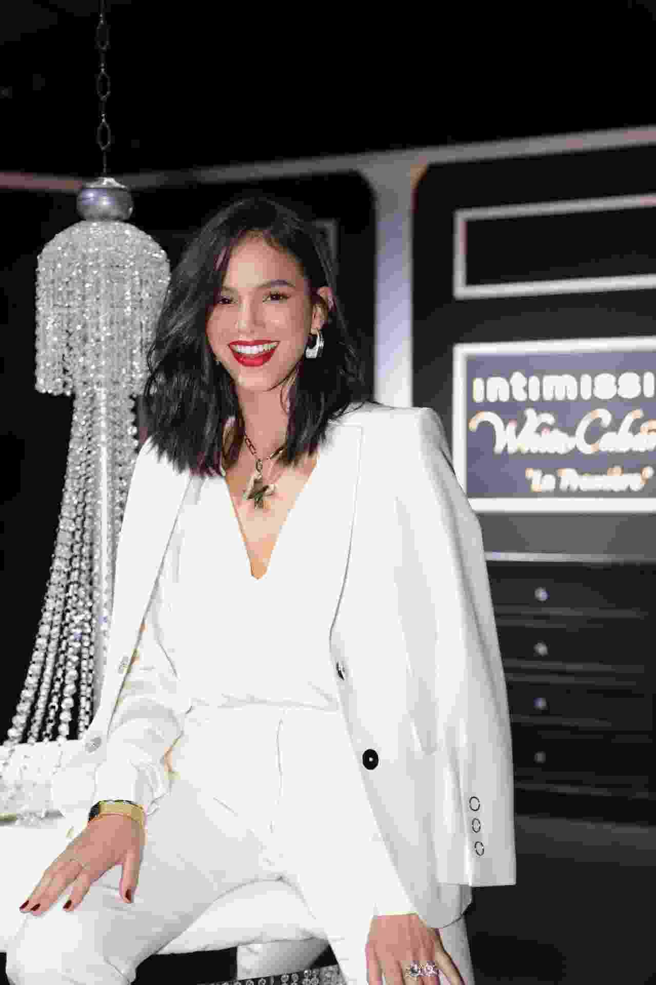 Bruna Marquezine e convidadas brilham em desfile da Intimissimi em Verona - Divulgação