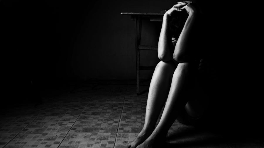Mulher foi estuprada na casa do próprio tio, em São Gonçalo, no Rio de Janeiro - iStock