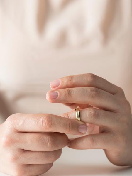 A diminuição da atividade sexual, a perda do encantamento, da novidade e a disparidade no ritmo entre o casal são queixas comuns - iStock
