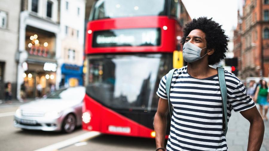 Turista em Londres - Franckreporter/Getty Images