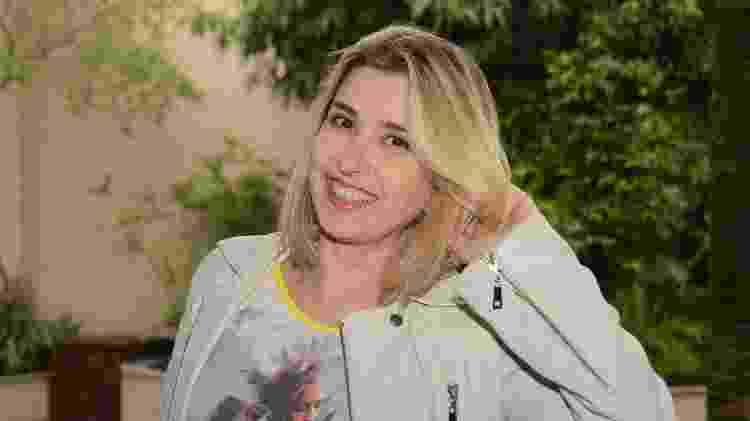 Mylena Ciribelli voltou de férias mais loira - Antônio Chahestian/Divulgação/Record TV