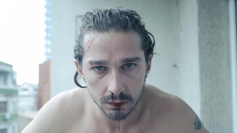 """Shia LaBeouf em cena de """"Conquistas Perigosas"""" - Reprodução"""