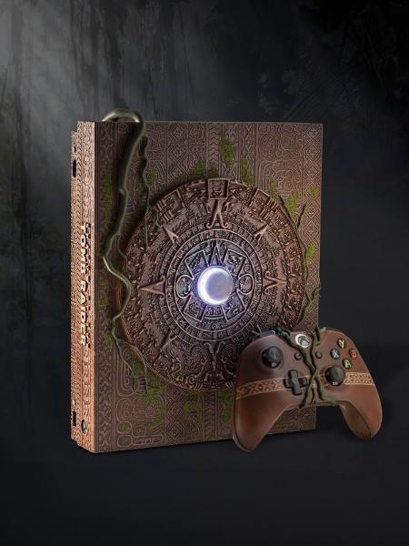 """Raro modelo do Xbox One X, com visual inspirado em """"Shadow of the Tomb Raider"""", vendido para ajudar caridade - Reprodução/eBay"""