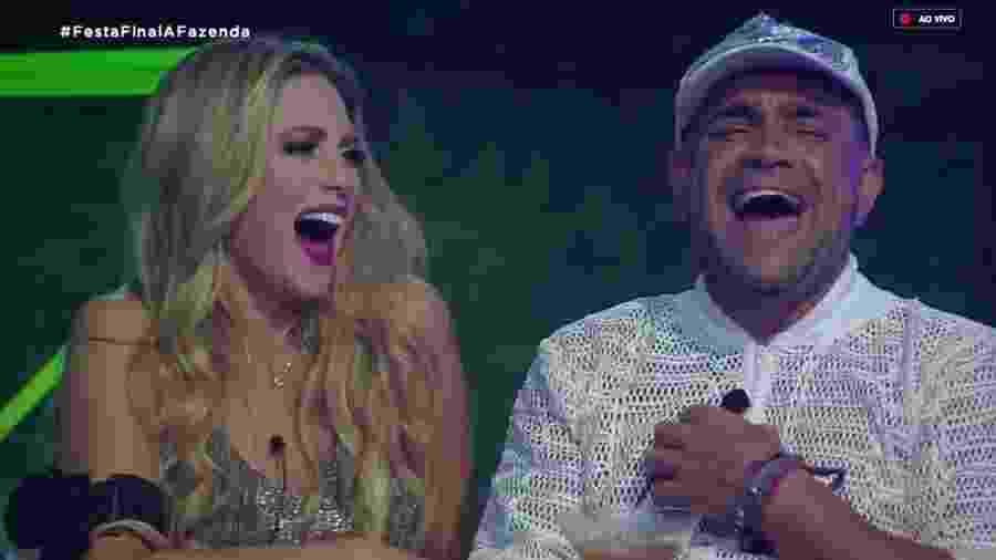 Nadja Pessoa e Evandro Santo tem ataque de risada após comentário de Caique Aguiar  - Reprodução/RecordTV