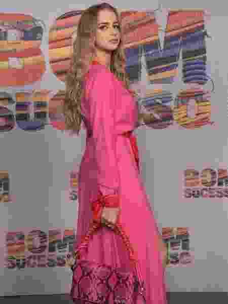 Isabella Scherer com vestido desenhado por ela no lançamento de Bom Sucesso - Estevam Avellar/TV Globo