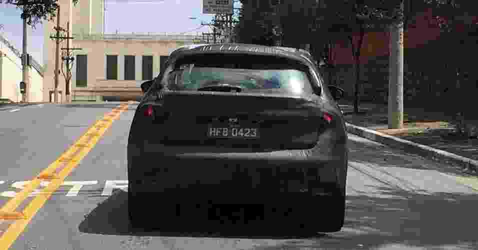 Fiat Tipo hatch já roda em testes pelo Brasil - Gabriel Vinicius Sula/UOL
