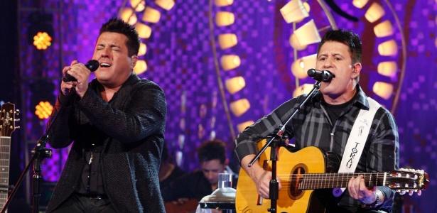 A dupla Bruno & Marrone, atração da festa junina da Asbac  - Divulgação