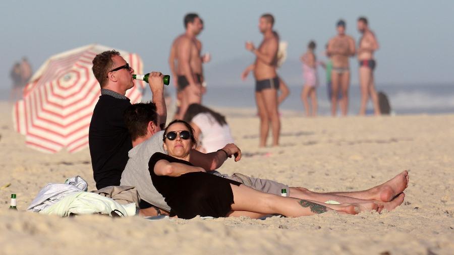 28.jun.2017 - A ex-Spice Girl Mel C curte praia na Barra da Tijuca, no Rio - AgNews