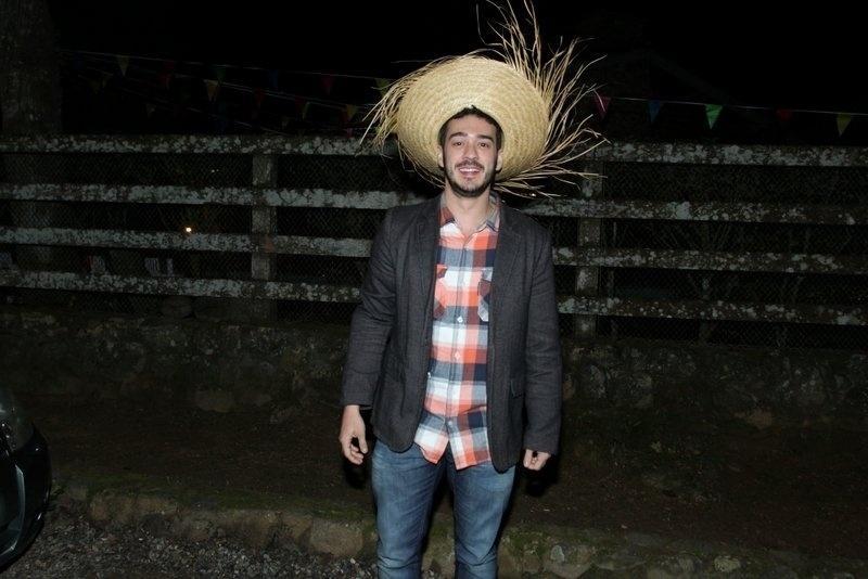 "Marcos Veras na festa julina de ""Pega Pega"""