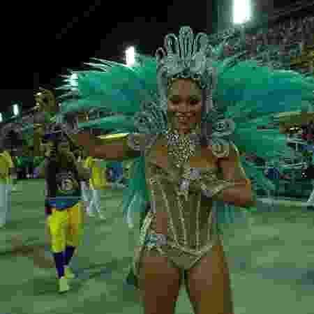 Juliana Alves é a rainha de bateria da Unidos da Tijuca