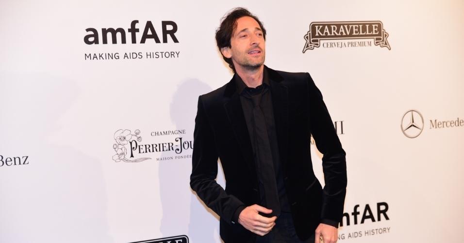 Baile amFAR Adrien Brody