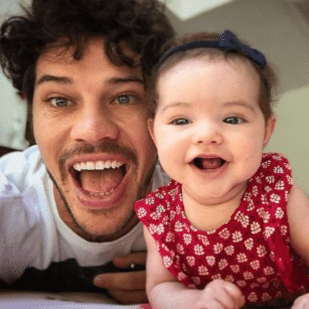 José Loreto e Bella - Reprodução/Instagram