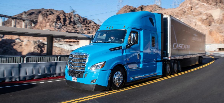 Daimler Freightliner Cascadia: projeto de caminhões inteligentes envolve 200 pessoas e mais de US$ 500 milhões - Divulgação