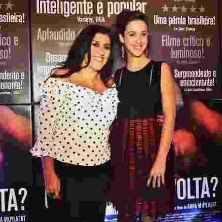 Regina Casé e Camila Márdila atuaram juntas no filme Que Horas Ela Volta? e estão na novela Amor de Mãe - Reprodução/ Instagram