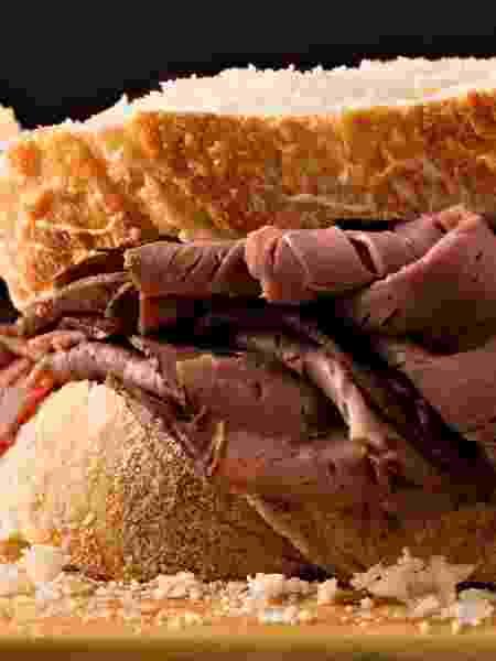 No pão ou no prato, versões do rosbife são sucesso garantido - Getty Images/iStockphoto - Getty Images/iStockphoto