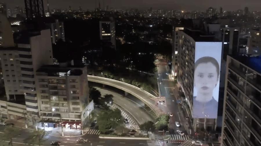 Paulo Borges anunciou que o evento prevê projetar os desfiles e imagens históricas por diversas regiões da capital paulista - Reprodução