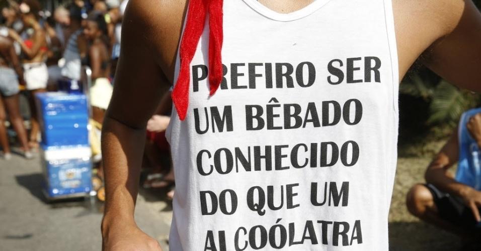 30.jan.2016 - Camiseta engraçadinha: um clássico de todos os Carnavais