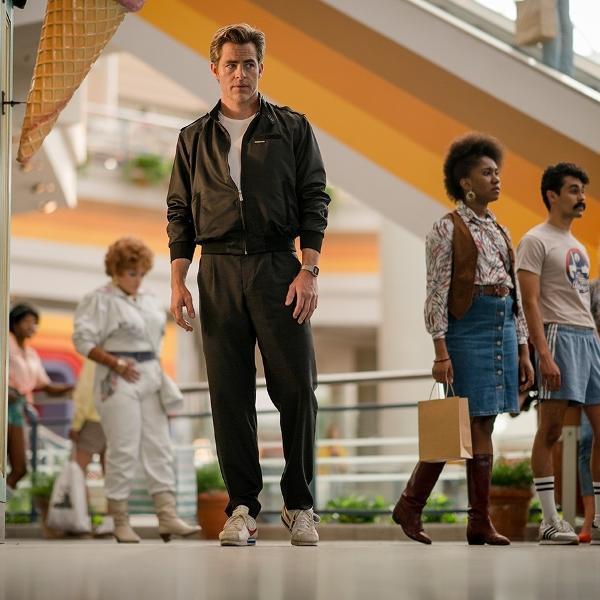 """Chris Pine como Steve Trevor em cena de """"Mulher-Maravilha 2"""""""