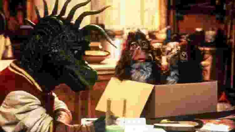 """Cena de """"Família Dinossauros"""" - Reprodução - Reprodução"""