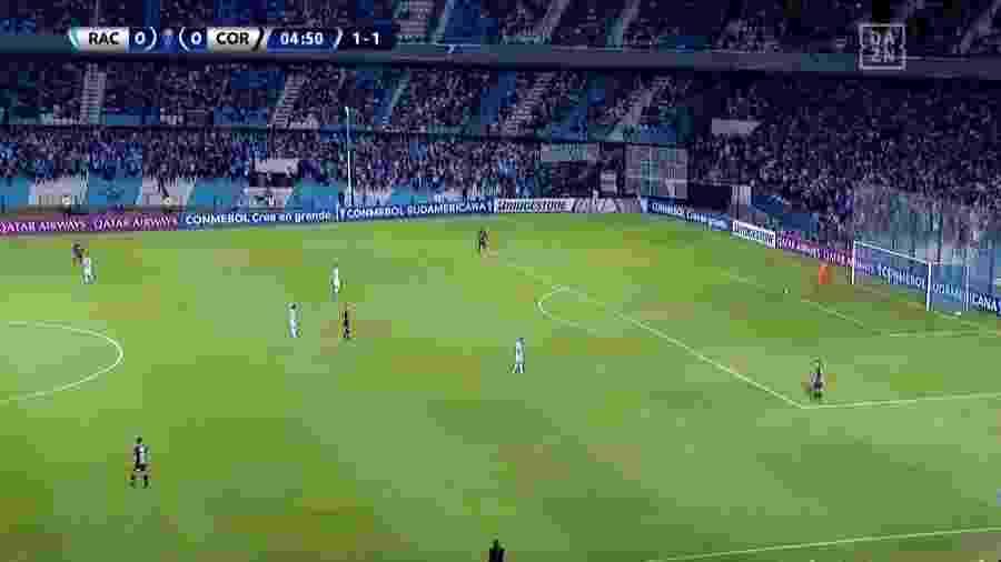 Imagem do jogo Racing e Corinthians na noite de quarta-feira - Imagem/Rede TV!