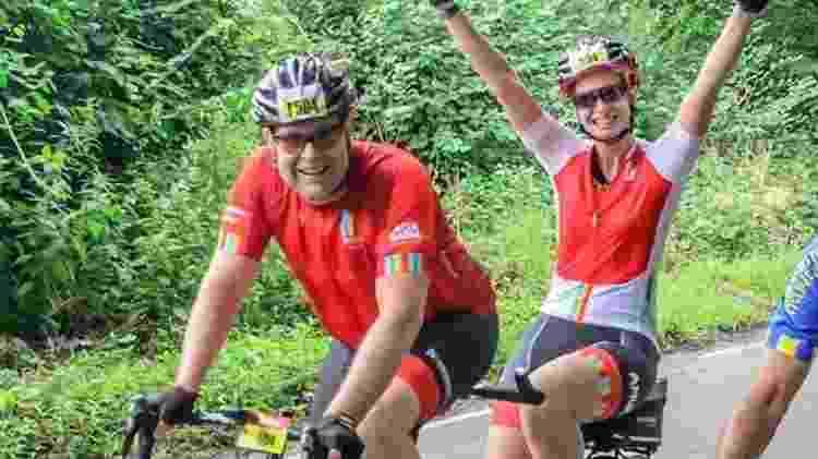 Liz O'Riordan competindo com o marido na RideLondon, evento de ciclismo realizado em Londres - Liz O'Riordan - Liz O'Riordan