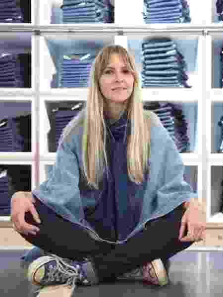 Amy Leverton: a cintura baixa está de volta... Mas tudo na moda se reinventa, não é mesmo?  - Reprodução