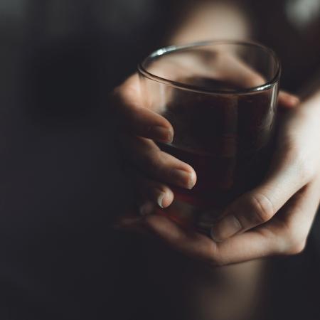 Estar alcoolizada não é justificativa para estupro; crime, inclusive, pode ter pena agravada - dannikonov/Getty Images/iStockphoto