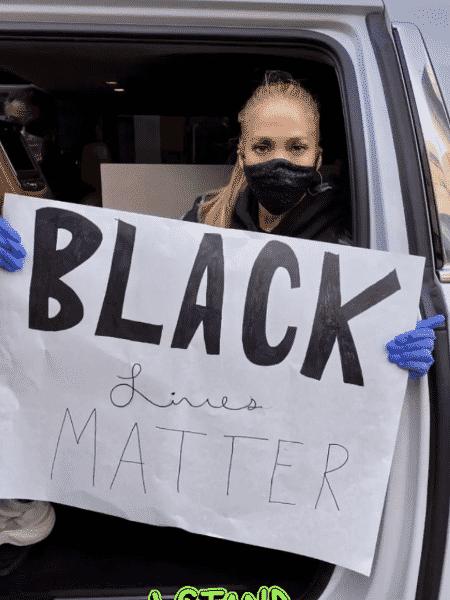 Jennifer Lopez participa de protestos por causa da morte de George Floyd nos Estados Unidos - Reprodução/Instagram