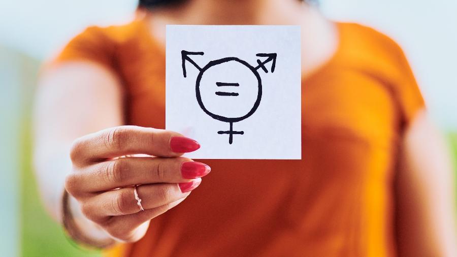 A intersexualidade é tão comum quanto a presença se ruivos na população - iStock