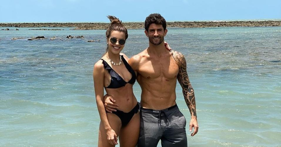Angela Munhoz e Thiago Pugliesi