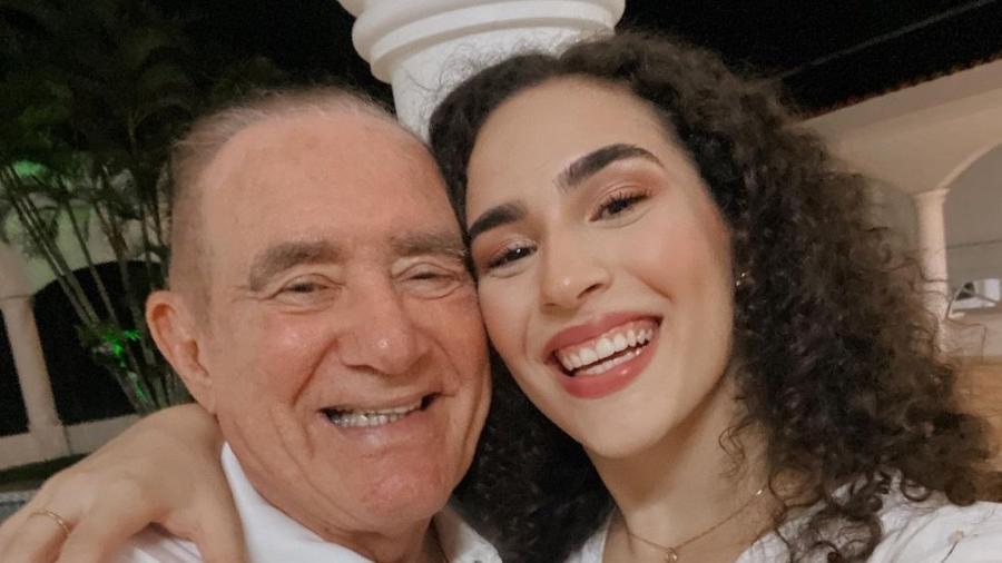 Renato Aragão a filha, Lívian - Reprodução/Instagram @livianaragao