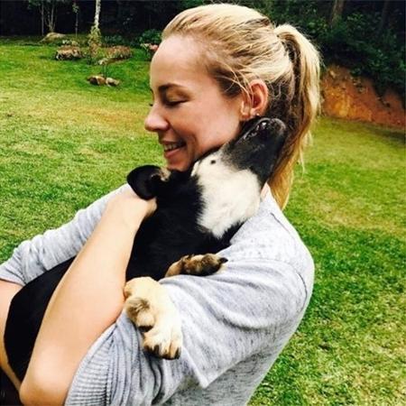 Paolla Oliveira adota cãozinho  - Reprodução/Instagram