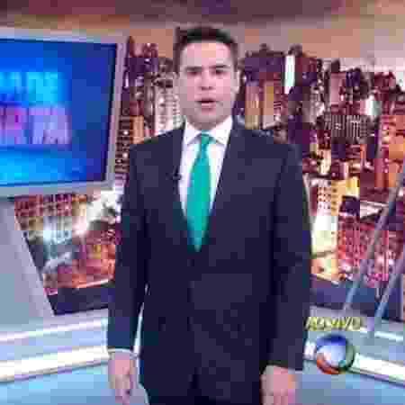 """Luiz Bacci apresenta o """"Cidade Alerta"""" - Reprodução/TV Record"""