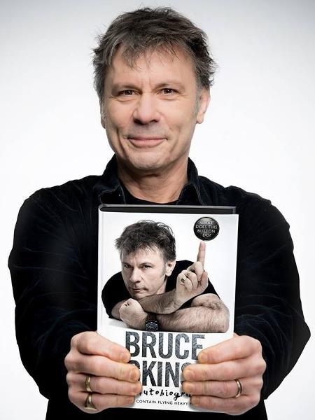 """Bruce Dickinson e seu livro de memórias: """"Bruce Dickinson, Uma Autobiografia - Para Que Serve Esse Botão?"""" - Reprodução"""