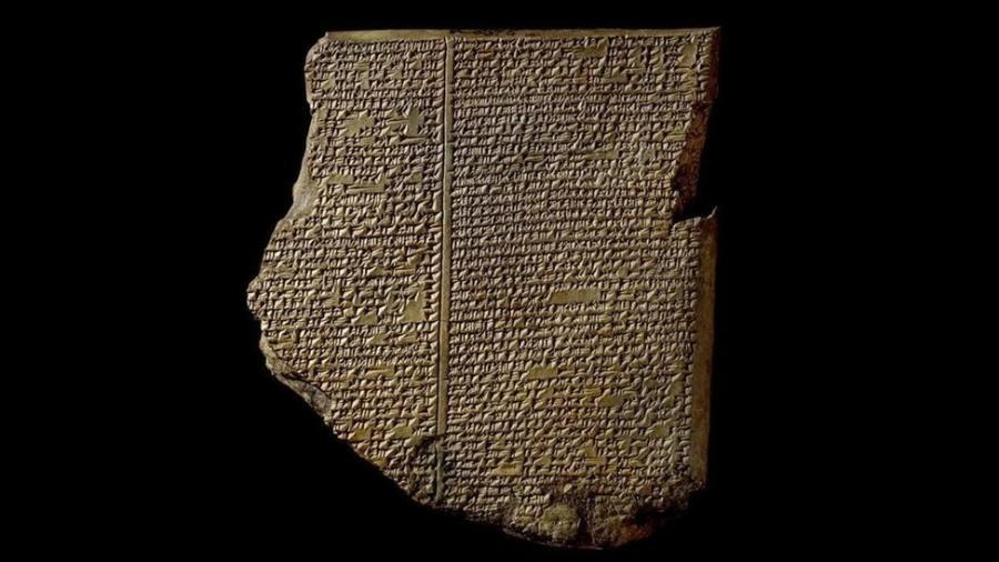 """A """"Epopeia de Gilgamesh"""" perdura por 4 mil anos, com elementos narrativos que nos ensinam a cooperar - The Trustees of the British Museum/BBC"""